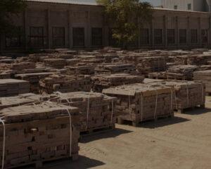 Гранит на складе готовой продукции