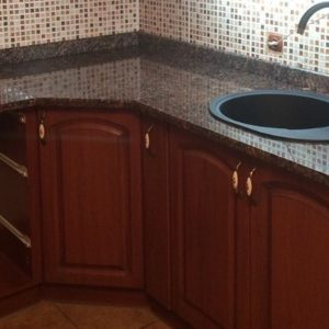 Кухонная столешница из гранита